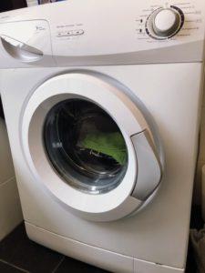 ドイツ アパートの洗濯機