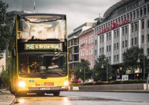 検札官 ドイツ バス